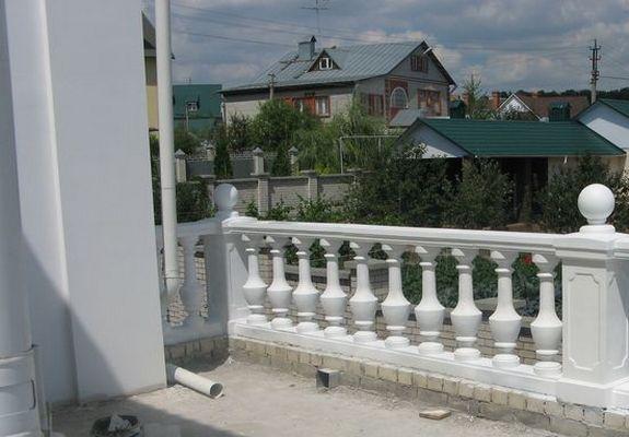 Материалы для ограждения балкона, какое ограждение лоджии вы.