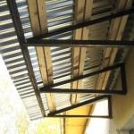 Козырек на балкон своими руками