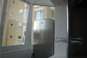 Хранение холодильника, велосипеда, шин на балконе зимой и летом