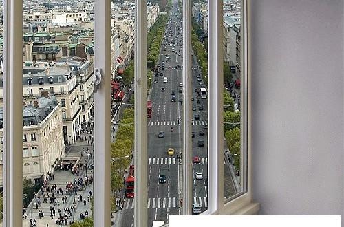 Остекление балконов slidors в москве.