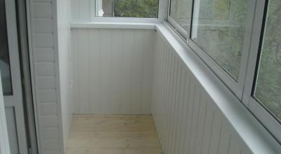 Варианты внутренней отделки балкона, чем отделать стены лоджии