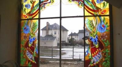 Витражные плёнки на окна, витражные наклейки на стекло