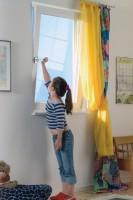 Детский замок на пластиковое окно – виды, установка детского замка