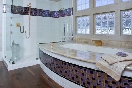 стеклянные блоки как перегородки в ванной комнате в душевой