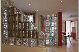 Межкомнатные перегородки из стеклянных блоков в интерьере