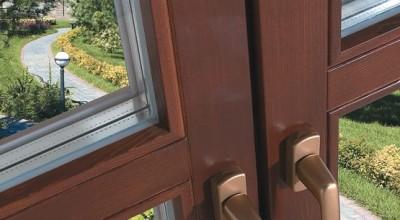 Замена стеклопакета в деревянных окнах, цены на ремонт стеклопакетов