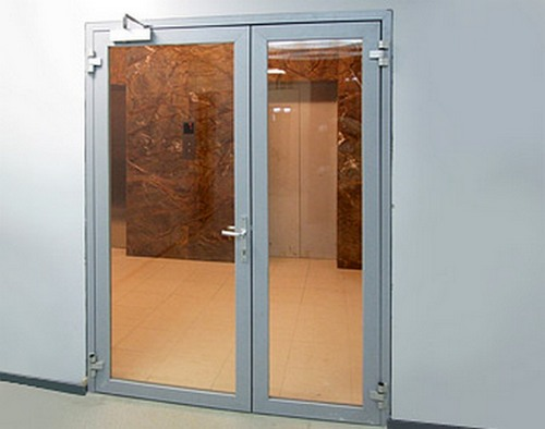 двери офисные металлические с стеклом