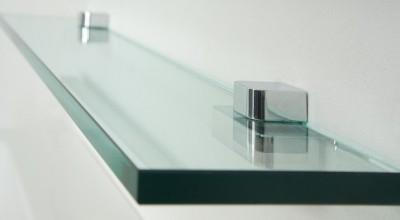 Настенные полочки из стекла, их разновидности и преимущества