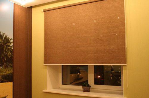 Как сделать рулонные шторы на окно 35
