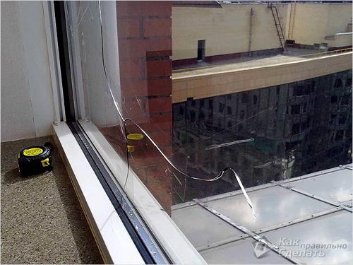 Как вытянуть стеклопакет из пластикового окна