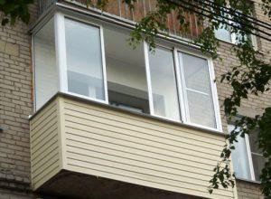 Как лучше застеклить балкон или лоджию и что нужно для начала работ