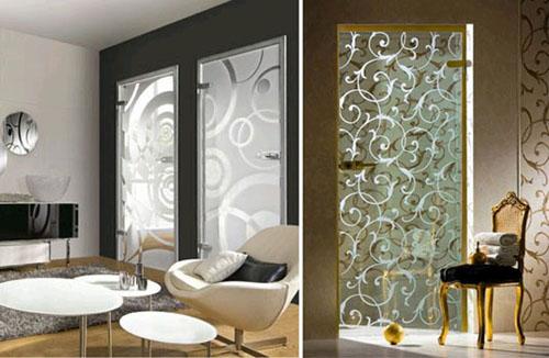 Межкомнатные двери из стекла создают оригинальный дизайн