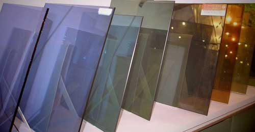 Для чего нужны зеркальные пластиковые окна