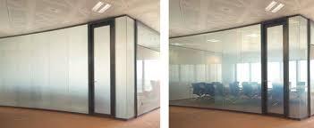 Использование электро затемнение окон в офисе и доме с помощью смарт пленок
