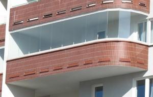 остекление балкона безрамным способом
