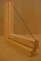 деревянная рама на балкон с одинарным стеклом
