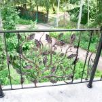 Русский стиль кованого балкона