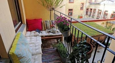 Зона отдыха на балконе для студентов
