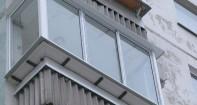 """Выносное остекление балкона компанией """"Оконный центр"""""""