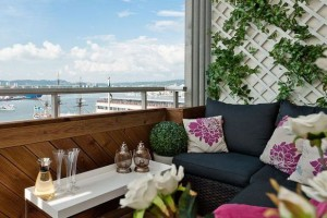 Фото зоны отдыха на балконе
