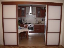 Кухонные перегородки из стекла