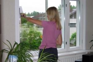 Как моют пластиковые окна?