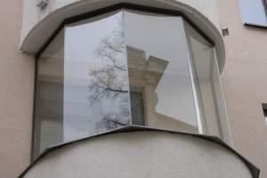 Применение оргстекла для остекления балкона