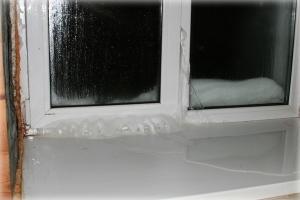 Лучше деревянные или пластиковые окна