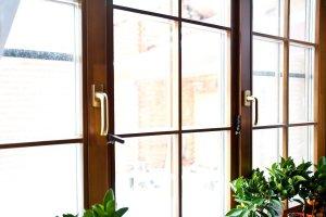 Окна из дуба со стеклопакетом