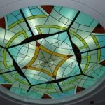 Витражный потолок из стекла»