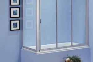 Раздвижная стена из стекла вокруг ванны