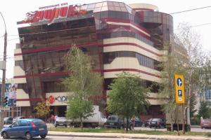 Остекление торгового центра Армада в Липецке профилем Татпроф