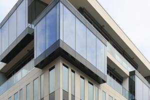 Фасадное остекление алюминиевым профилем Wicona