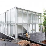Сооружение из стекла