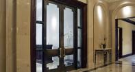 Двери из металла со стеклом