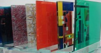Разновидности дверных стекол