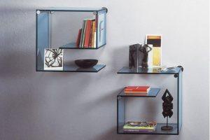 Стеклянные полки для книг