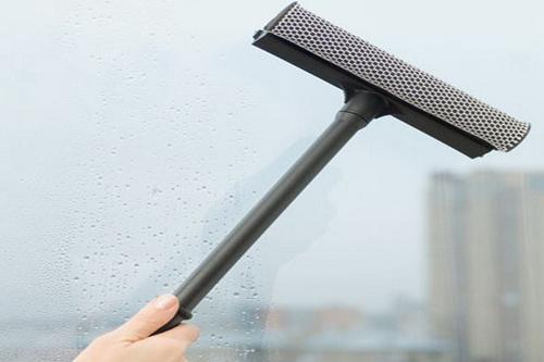 Как легко и чисто помыть окна?