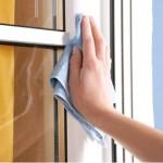 Uhod-za-naruzhnoj-poverhnostju-profilja-metalloplastikovogo-okna-150x150