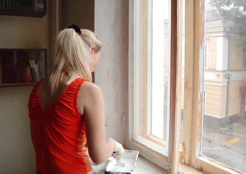 краска для деревянных окон