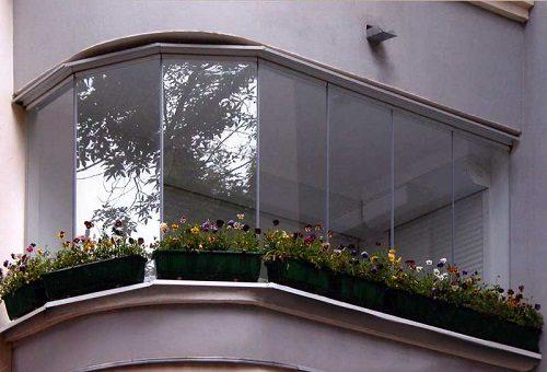 Остеклить П-образный балкон
