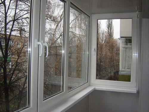 Как правильно застеклить балкон пластиковыми окнами