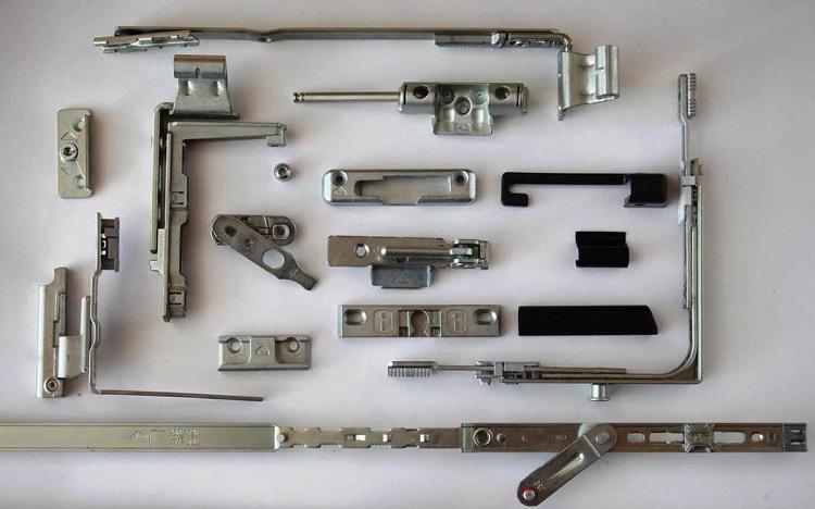 Komplekt Service – высококачественная фурнитура для окон и дверей.